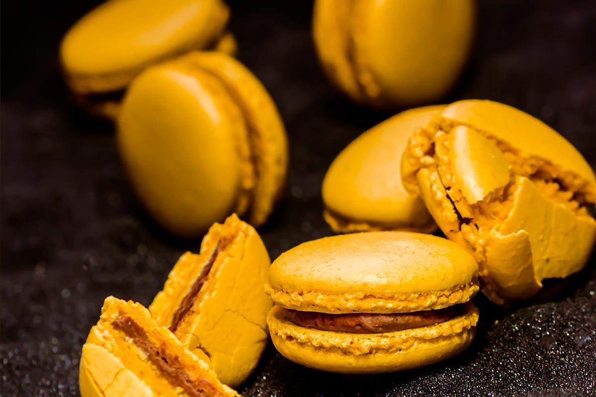 saffron macaron